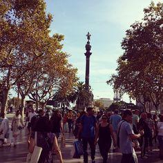 Las Ramblas and Columbus, always full of tourists - Barcelona, Spain