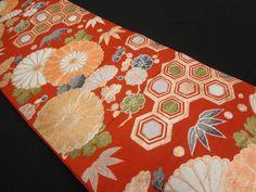 大正ロマン 亀甲に菊・梅笹模様織り出し袋帯