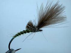 River Fly Box, tying a simple CDC Shuttlcock