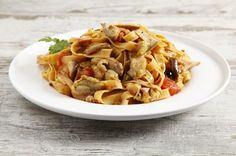 Fettuccine+pasta+fresca+ragù+alla+boscaiola+autunnale