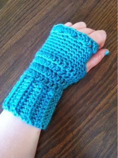 The Hippy Hooker: Deep Sea Fingerless Gloves - Free Crochet Pattern