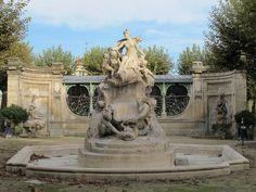 """Fontaine """"Burdigala"""" (1901) - Place Amédée Larrieu, Bordeaux (33)"""