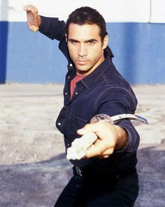 Adrian Paul - Highlander  Haven't seen it in a long time, used to be a favorite!