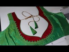 Easy back neck blouse designing cutting and stitching Patch Work Blouse Designs, Kids Blouse Designs, Simple Blouse Designs, Blouse Back Neck Designs, Fancy Blouse Designs, Salwar Neck Designs, Sleeve Designs, Fashion Blouses, Saree Blouse