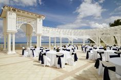 30+ Amazing Wedding Venues Around the World - El Conquistador Resort in Puerto Rico