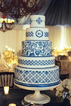 blue china wedding cake