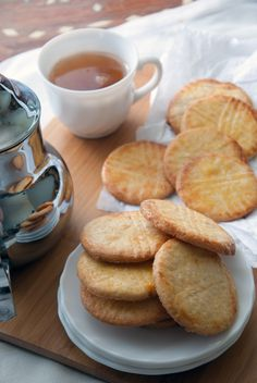 Biscuits Mont St Michel - Cook and Goûte Tea Cake Cookies, Galletas Cookies, Biscuit Cookies, Cupcakes, Surger Cookies Recipes, Cookie Recipes, Homemade Tea, Homemade Cakes, Keks Dessert