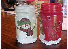candle jar Mason Jar Christmas Crafts, Homemade Christmas Gifts, Mason Jar Crafts, Xmas Crafts, Bottle Crafts, Christmas Art, Painted Wine Bottles, Painted Jars, Yankee Candle Jars