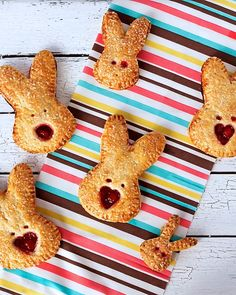 Hand pies can be made in different shapes and sizes. With the use of a simple bunny cutter, you will have cute dessert for Easter.