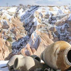 Nu slog vintern till även i Getingen. Bilden är från #kappadokien Texture, Photo And Video, Videos, Crafts, Instagram, Cappadocia, Surface Finish, Manualidades, Handmade Crafts