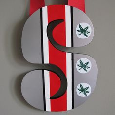 Ohio State Buckeyes Wall/Door Hanging. $24.00, via Etsy.