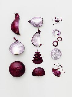 Food Inspiration Photo by Veslemøy Vråskar. Food Design, Color Composition, Photo Fruit, Prop Styling, Food Photography Styling, Fruit Photography, Arte Floral, Fruit And Veg, Food Styling