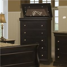 Eugene Oregon And Amazing Pieces Bedroom Set Images Bedroom Furniture