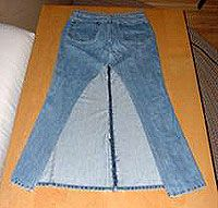 tutorial for upcycling jeans into a skirt with back bustle...closest I could find to what I want...