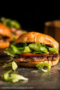 Macanese Pork Chop Bun (猪扒包) - A finger-licking tasty sandwich that is easy enough to make for a weekday dinner and fancy enough to serve at a party. Lamb Recipes, Pork Chop Recipes, Sausage Recipes, Cookbook Recipes, Wrap Recipes, Savoury Recipes, Asian Dinner Recipes, Asian Recipes, Ethnic Recipes