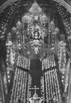 Proclamation du Dogme de l'Assomption, 1950 en la Basilique St Pierre de Rome.