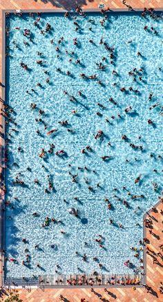 Klaus Leidorf: Swimming Pool