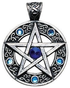 Celtic Pentagram for Willpower and Success Pendant Amulet Talisman for Knowledge and Magickal Ability Bijoux Wiccan, Wiccan Jewelry, Viking Jewelry, Medieval Jewelry, Spiritual Jewelry, Jewish Jewelry, Gothic Jewelry, Nordic Lights, Talisman