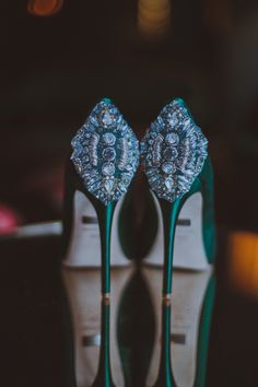 Badgley Mischka heels, photo by Amber Gress Pretty Shoes, Beautiful Shoes, Cute Shoes, Me Too Shoes, Dream Shoes, Crazy Shoes, Sequin Wedding, Wedding Gowns, Wedding Venues