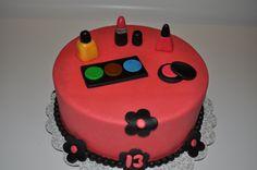 Makeup bday cake