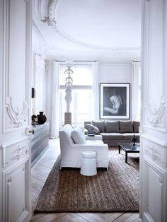ZsaZsa Bellagio: A Paris Apartment- Magnifique!