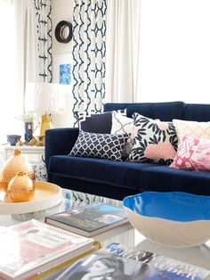 Luxe Adore Pop-up Event lounge Living Room Colors, Living Room Sofa, Living Room Designs, Living Rooms, Living Room Decor, Custom Cushions, Cool Rooms, Sofas, Interior Design