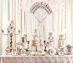 Pink and metallic gold = pretty wedding cake!