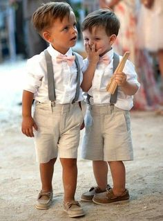 niños boda Wedding Gowns With Sleeves, Long Sleeve Wedding, Modest Wedding Dresses, Beach Wedding Outfits, Toddler Boy Wedding Outfit, Prom Dresses, Bridesmaid Dresses, Short Dresses, Latest Wedding Gowns
