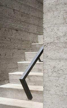 Pohledový beton - otisk dřevěných prken