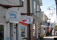 15 Most Charming Small Towns in Canada Oh The Places You'll Go, Places To Visit, New Brunswick Canada, Canada Travel, Canada Trip, Prince Edward Island, Natural Scenery, Canadian Rockies, Great Lakes