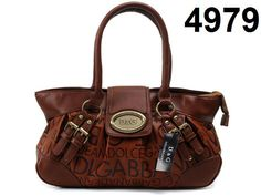 www.designerbaghub.com not only provide you with best quality replica designer handbags, but also the excellent shopping service. Good customer service, fast delivery, top quality products are the main target for DesignerBagHub. You will definitely enjoy every step of shopping on DesignerBagHub