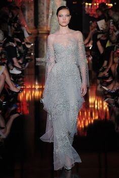 Elie Saab Fall-winter 2014-2015 - Couture Beautiful....my favorite in this collection.