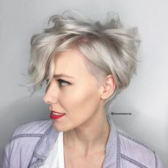 The long pixie cut is a great way to take your short hair to the next level. Its variants suit different face shapes, hair types, and personalities. Check out the best long pixie haircut ideas in pictures to get inspired! Curly Pixie Cuts, Short Wavy Hair, Pixie Bob, Short Pixie, Asymmetrical Pixie, Pixie Cut With Long Bangs, Shaggy Pixie, Medium Curly, Short Blonde