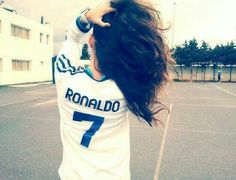 Image about portugal in style by lysanne on We Heart It Football Girls, Football Outfits, Cute Girl Pic, Stylish Girl Pic, Madrid Girl, Real Madrid, Ronaldo Cr7, Teddy Girl, Dps For Girls