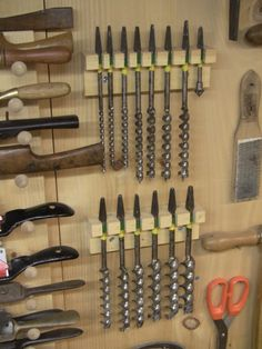 WoodNet Forums: Why a Wall Hanging Tool Chest Over a Tool Display Wall?
