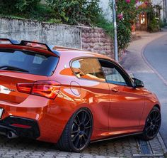 Bmw Serie 1, Bmw 1 Series, Bmw M135i, 2015 Mustang, Bmw 118, Bmw Love, Benz Car, Audi Cars, Car Tuning