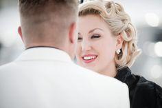Matt Shumate Photography at Schweitzer Mountain winter wedding bride and groom first look
