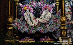 To view Gaura Nitai Wallpaper of ISKCON Chowpatty in difference sizes visit - http://harekrishnawallpapers.com/sri-sri-nitai-gaurachandra-wallpaper-005/