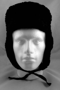 Vtg Genuine Russian Ushanka Hat PMK Bomber Ear Flaps Curly Black Lambs Wool  Lambs 12d3dd753398
