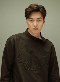 "Lee Min-ho was recently invited to be the cover model for the April issue of a Japanese magazine. The actor spoke about his latest SBS TV drama, ""Legend of the Blue Sea,"" which will be unv. New Actors, Actors & Actresses, Asian Actors, Korean Actors, Heo Joon Jae, Dramas, Song Joon Ki, Lee Min Ho Photos, Kim Go Eun"