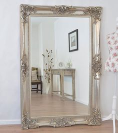 Antique Design Ornate Wall Mirror will make a beautiful addition to any room in the house, from the dining room to the bedroom.
