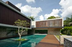 Singapore Paradise: JKC2 by ONG
