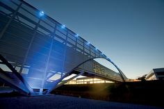 lovely illuminated footbridge at the volkswagen production facility by SSOE group