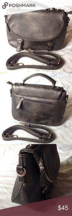 NWOT SHOULDER/handbag Beautiful shoulder bag/ handbag Bags