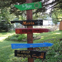 OH MY GOSH!!! Must make this!!!  Lord of the Rings signpost | Community Post: 21 Great Geek Gifts For Every Fandom