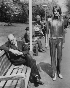 amen69fashion:  Francoise Hardy wearing Paco Rabanne in 1968