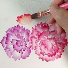 Ruffled carnations Part 2 painted with flat brush no 8 Refer to my book 'Lush & Blooms' pg 57 & pg Learn to paint… Watercolor Flowers Tutorial, Watercolour Tutorials, Watercolor Techniques, Flower Tutorial, Watercolour Paintings, Watercolor Flower Painting, Painting With Watercolors, Simple Flower Painting, Simple Watercolor Flowers