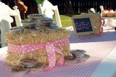 """Love the little country pies :)  Maybe I could make a """"Country Store"""" table for all the desserts!"""