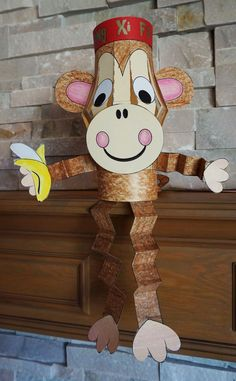 Isn't this the most adorable monkey craft for Chinese New Year in 2016? #ChineseNewYear #CNY