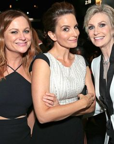 Three very funny ladies at the 2015 Emmy Awards - Amy Poehler, Tina Fey and Jane Lynch Jane Lynch, The Emmys, Amy Poehler, Tina Fey, Mtv, Lesbian, Awards, Camisole Top, Celebrities